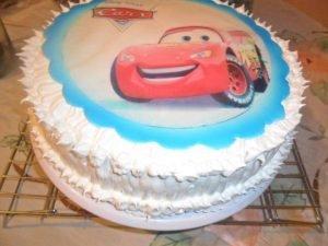 torta de cumpleaños con merengue italiano