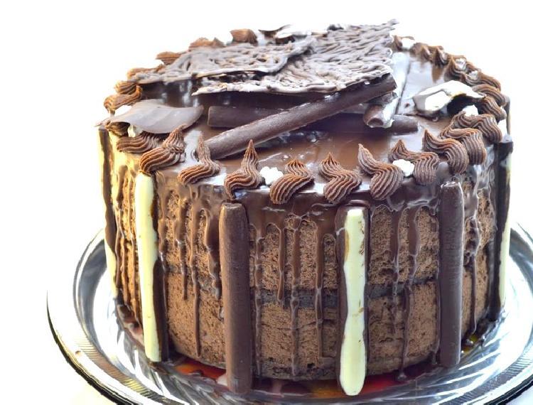 Torta con mousse de chocolate