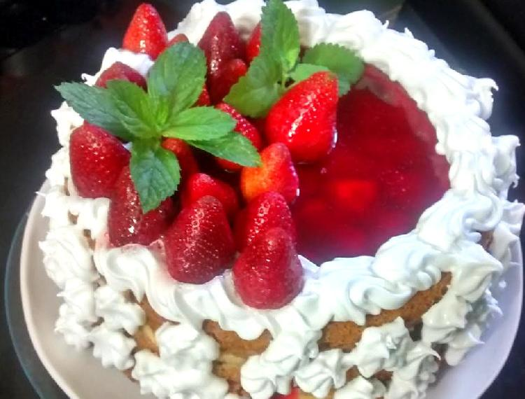 torta de frutillas